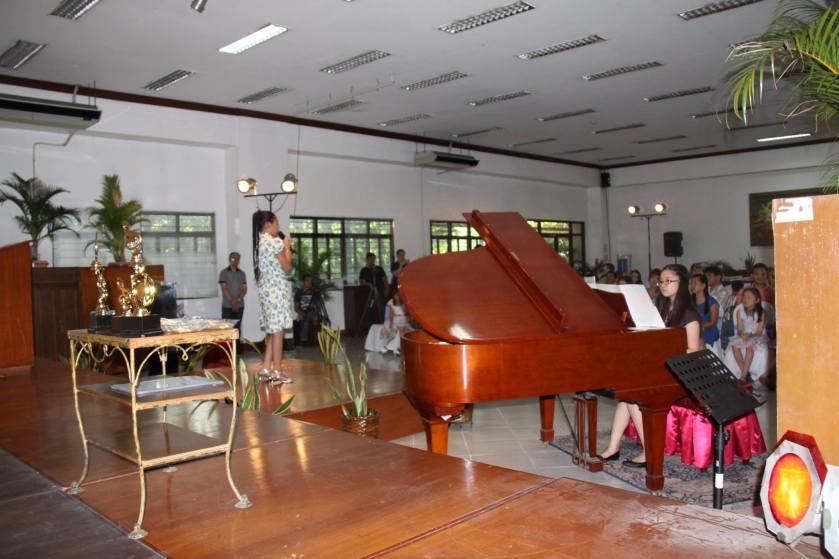 singer&pianist